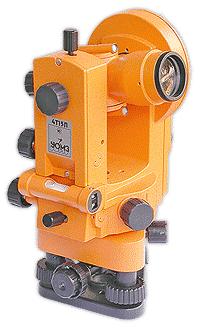 Оптический теодолит УОМЗ 4Т15П